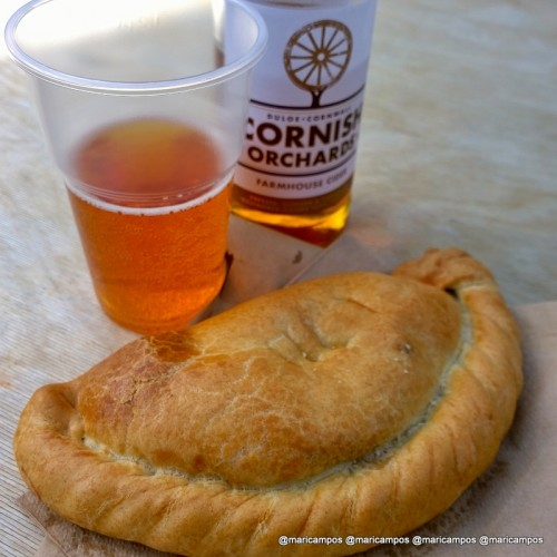 A típica Cornish Pasty com cidra...